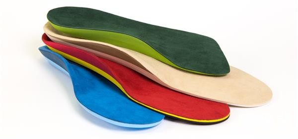 imcustom-introduces-first-ever-in-store-custom-3d-printing-insoles913.jpg