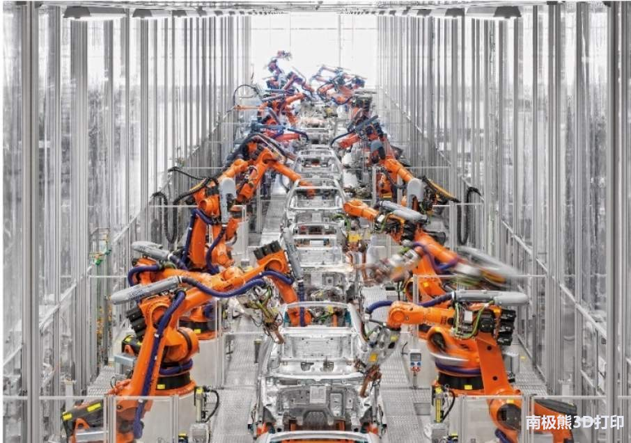 CLB53-Kuka-robots-in-automotive-factory-906x637.jpg
