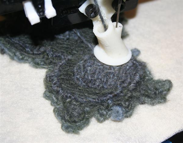 carnegie-mellon-researchers-develop-algorithm-for-new-3d-printed-knitwear-process-3.jpg