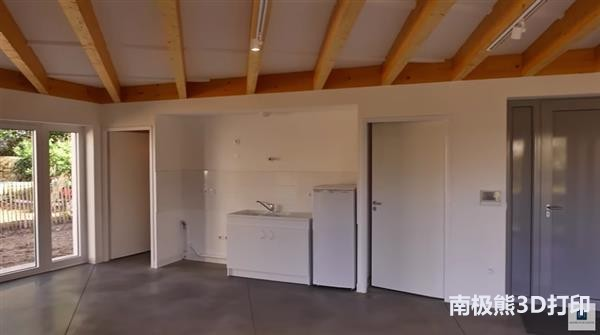 french-family-becomes-first-move-3d-printed-house-5.jpg