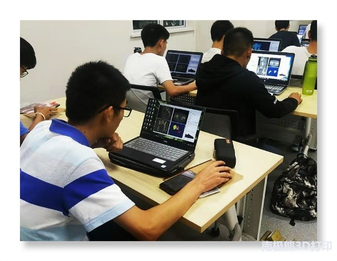 全自行升降机自行走升降平台液压高空车厂家星汉 4月中国电子商务展-电子商务展